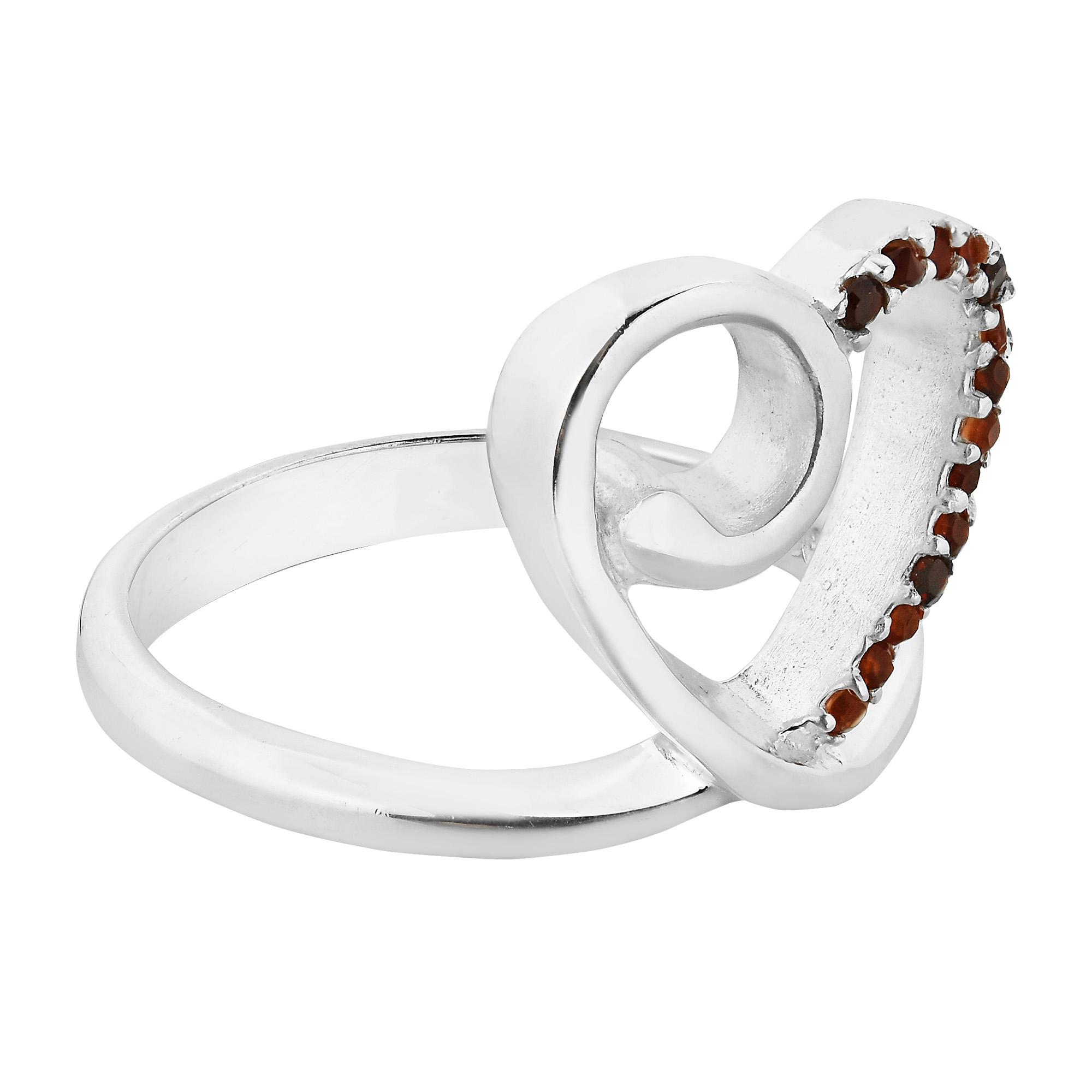AeraVida Sweet Heart Crown Sparkling Cubic Zirconia .925 Sterling Silver Ring